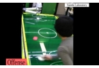 В Японии научили робота играть в аэрохоккей