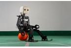 NimbRo-OP новый робот-футболист