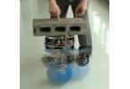 Новый японский робот ездит на шаре для боулинга