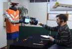 Робот проверил на человеке силу своих предсказаний