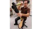 Канадец создал дешевый протез ноги
