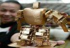 Самый маленький в мире робот