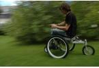 В Британии разработали инвалидное кресло-внедорожник