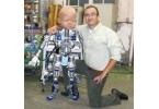 Начались опыты с гигантским роботом-младенцем