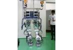 Мускулистый робот Core любит таскать тяжести