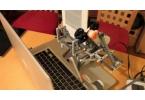 Робот из Lego скопировал электронную книгу
