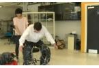 Студенты из Королевского колледжа разрабатывают пневматические штаны