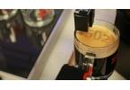 Роботизированная эспрессо-машина печатает на пенке