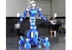 Новый робот ловит сразу два мяча